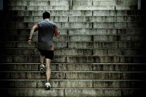 man running up stairs. beta blockers help reduce systolic heart pressure
